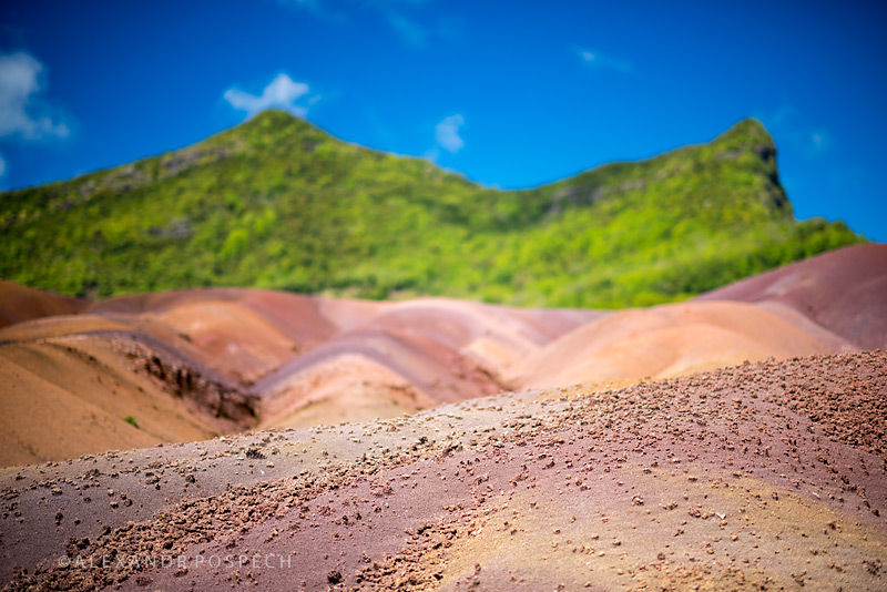 -Mauritius-seven-coloured-earth-Chamarel